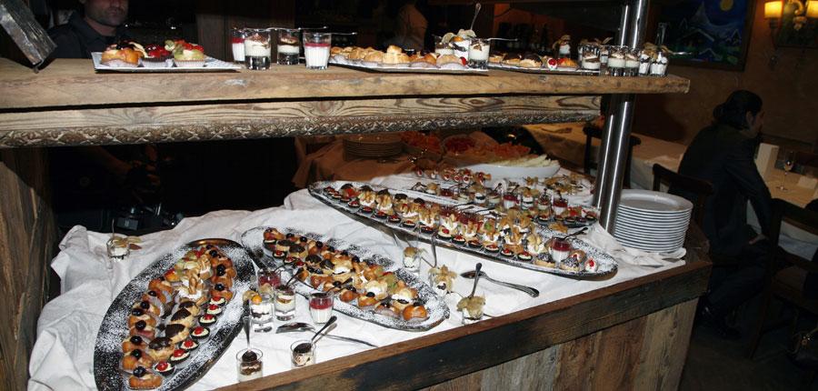 Italy_Cervinia_Hotel-Punta-Maquignaz_desserts-selection.jpg